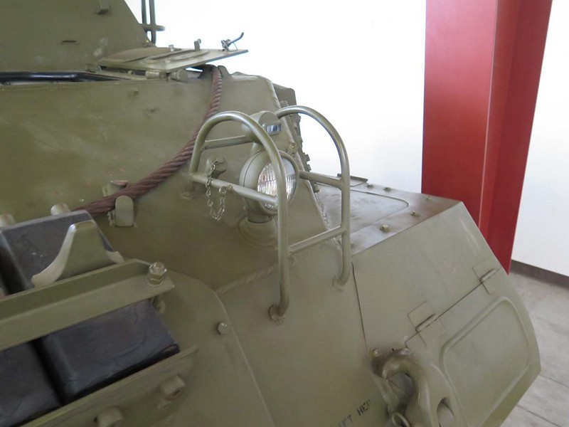 M39 AUV 9