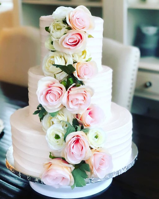 Wedding Cake by Taylor Made Cakery