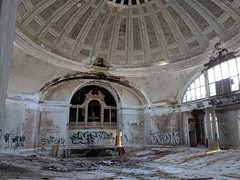 The   #abandoned #abandonedplaces #urbex #urbanexploring #urbanexploration #urban #exploring #explore #bando #history #chicago #illinois #abandonedchurch #10th #churchofchristscientists #scientist #scientology #dome #hydepark #hyde #park #ststephenschurch