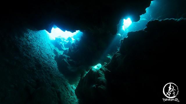 洞窟の出入り口