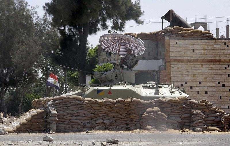 AIFV-egypt-rafah-crossing-2012-fdz-1
