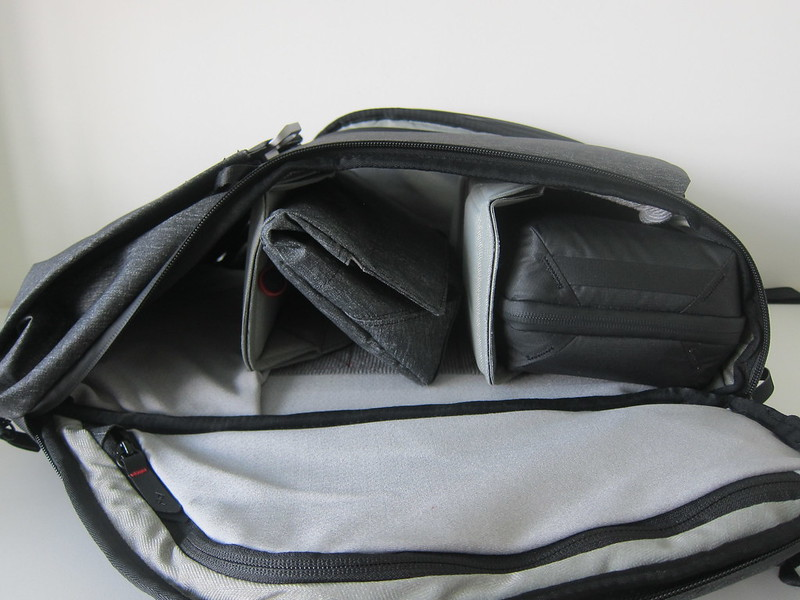 Peak Design Everyday Backpack 20L - With Tech Pouch And Field Pouch