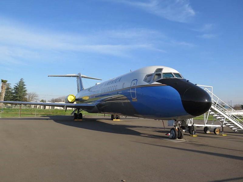 麦克道格拉斯VC-9C2
