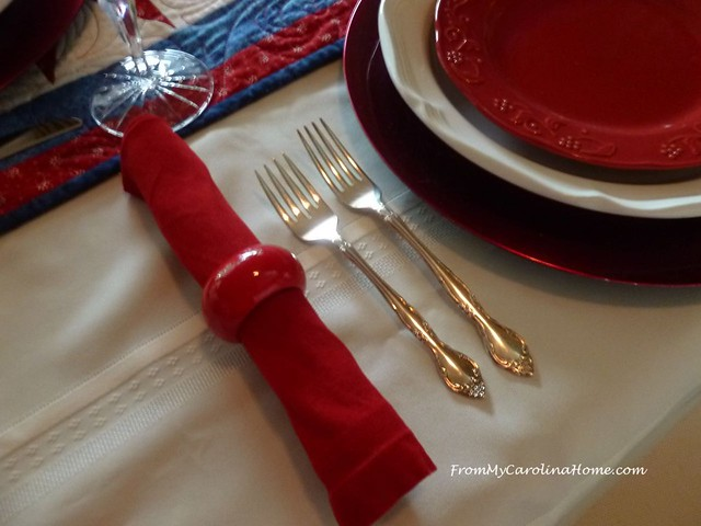 Patriotic Tablescape at FromMyCarolinaHome.com