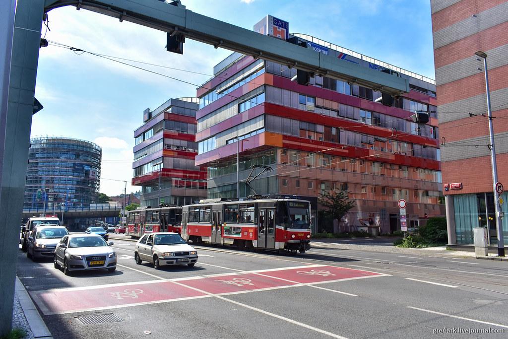 Даже старые трамваи могут возить людей с качеством метро, если за ними следить