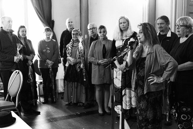 Laulava luontoni -näyttelyn avajaistilaisuus