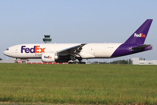 N856FD  -  Boeing 777-FS2  -  FedEx Express  -  STN/EGSS 27-6-19