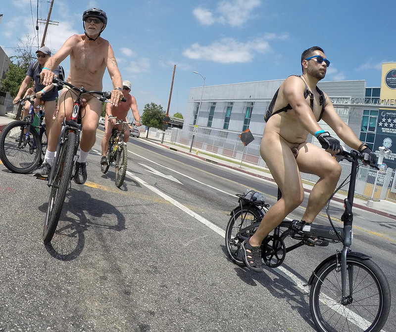 LA World Naked Bike Ride 2019 (141156A)