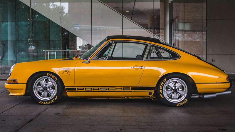 f88360c2-porsche-911-1967-9