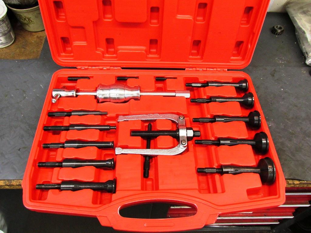 Less Than $60.00 Blind Bearing Puller Set