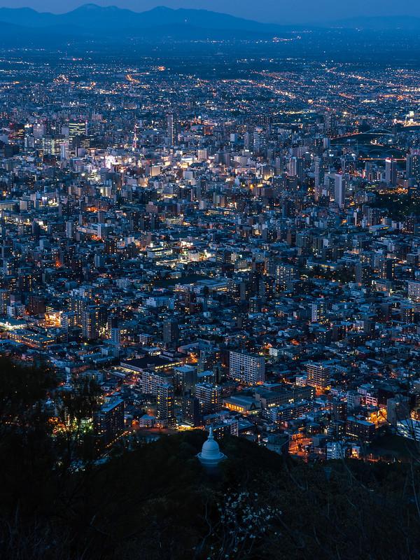 藻岩山上|北海道 札幌