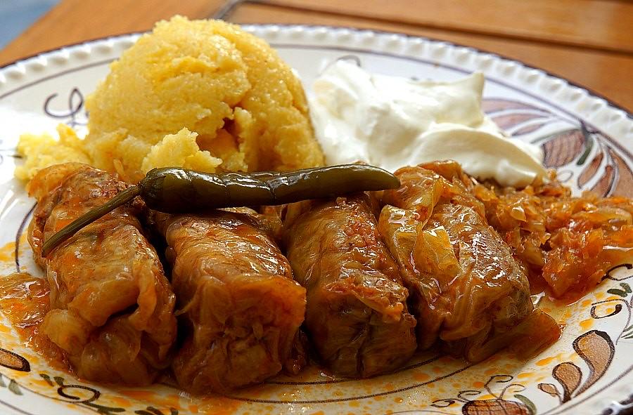 Romanian Cuisine: Sarmale - Romanian Cabbage Rolls