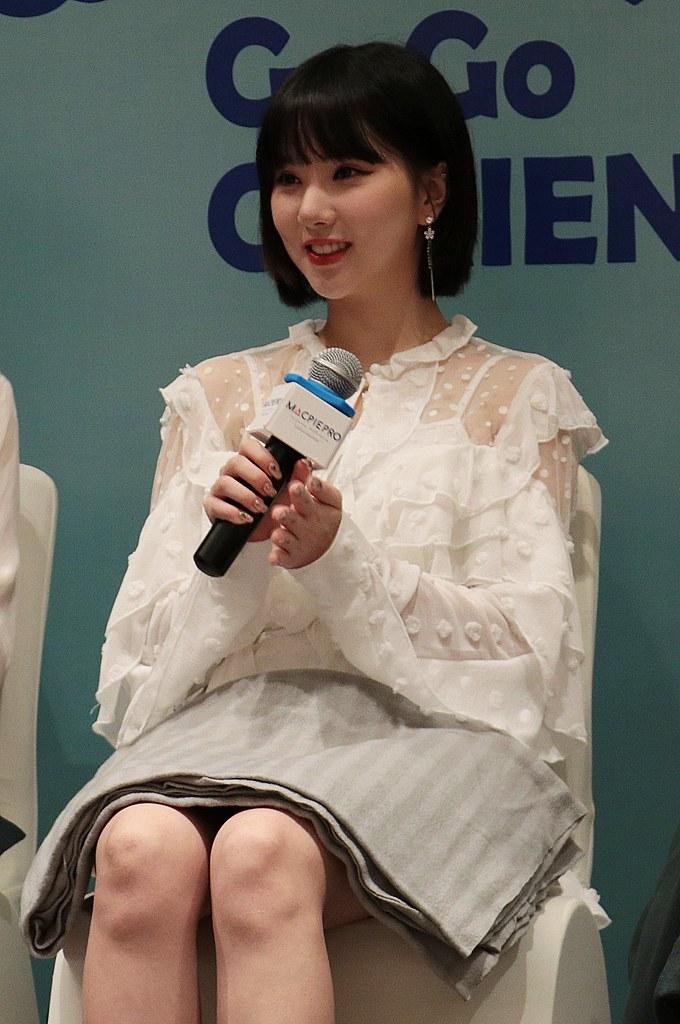 Go Go GFRIEND Press Conference (23)
