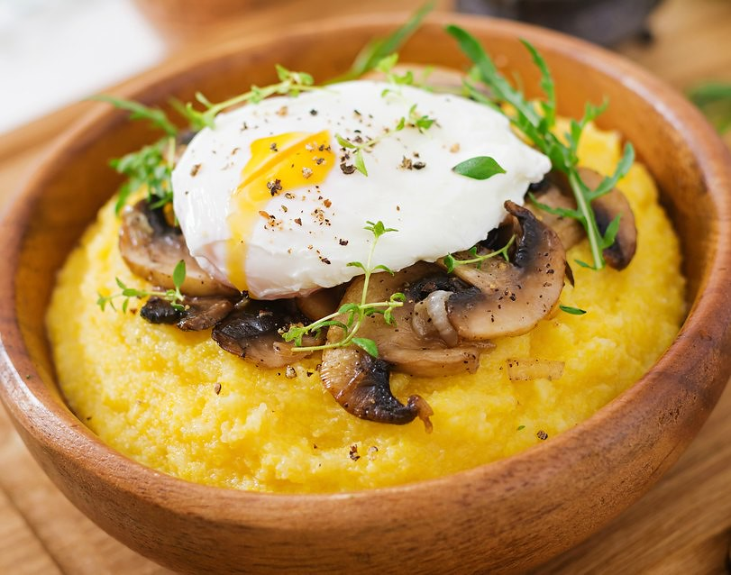 Romanian Breakfast Polenta with Egg and Mushrooms