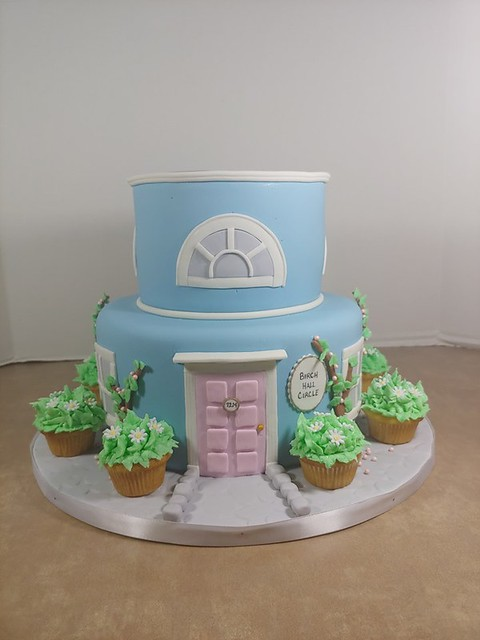 Cake by The Sweeter Life, Home of Sharon's Cakes
