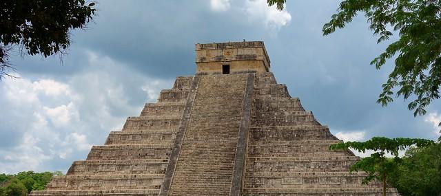 MEXICO, Yucatán, Chichén Itzá, Kukulcán-Pyramide,  19003/11661