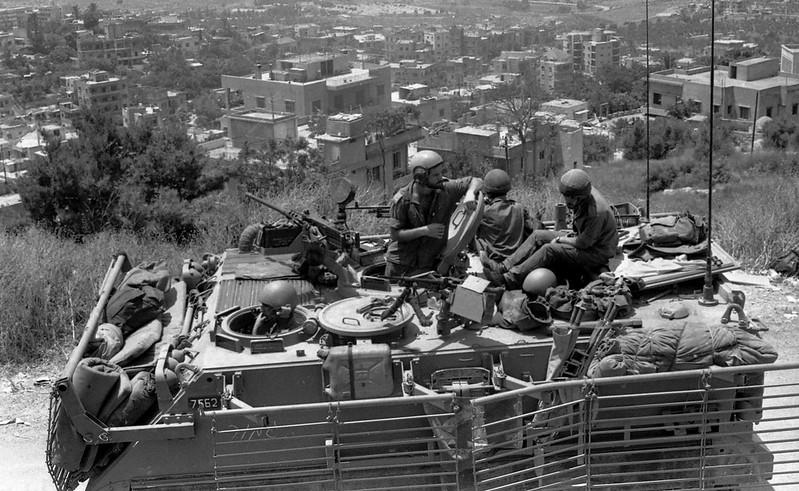M113-experimental-armor-lebanon-1984-f-1
