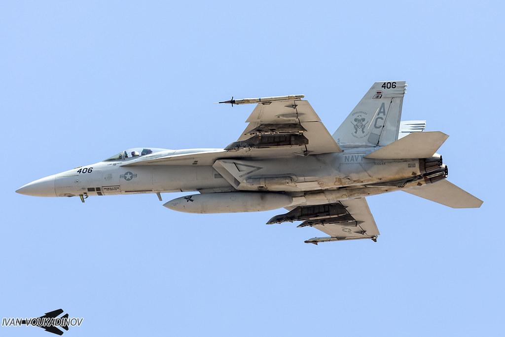 F/A-18E 166644 AC-406 VFA-105 Gunslingers