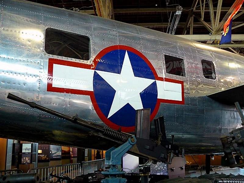 北美 B-25 米切尔 4