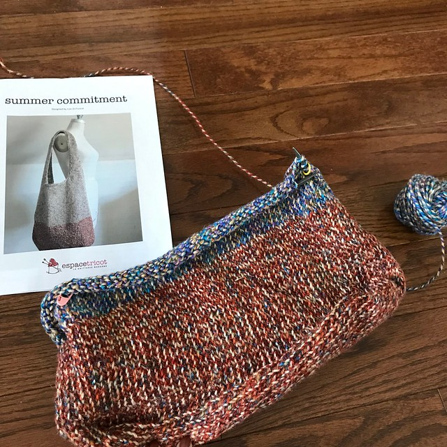 I have Summer Commitment by Espacetricot on my needles