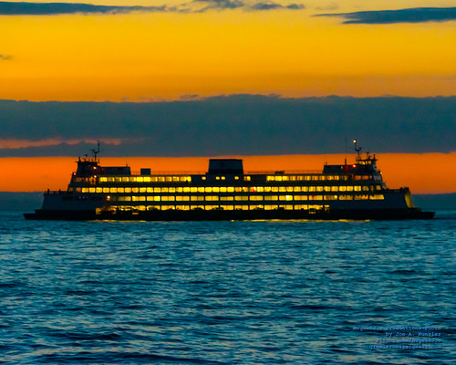MV HYAK AGAINST THE SUNSET