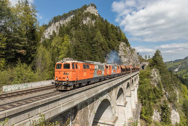 RTS 2143 014 en 2143 077 Krausel-Klause-Viaduct Semmeringbahn