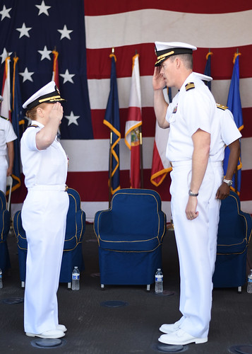 SAN DIEGO – The guided-missile cruiser USS Lake Champlain (CG 57) held a change of command ceremony June 28 at Naval Base San Diego.