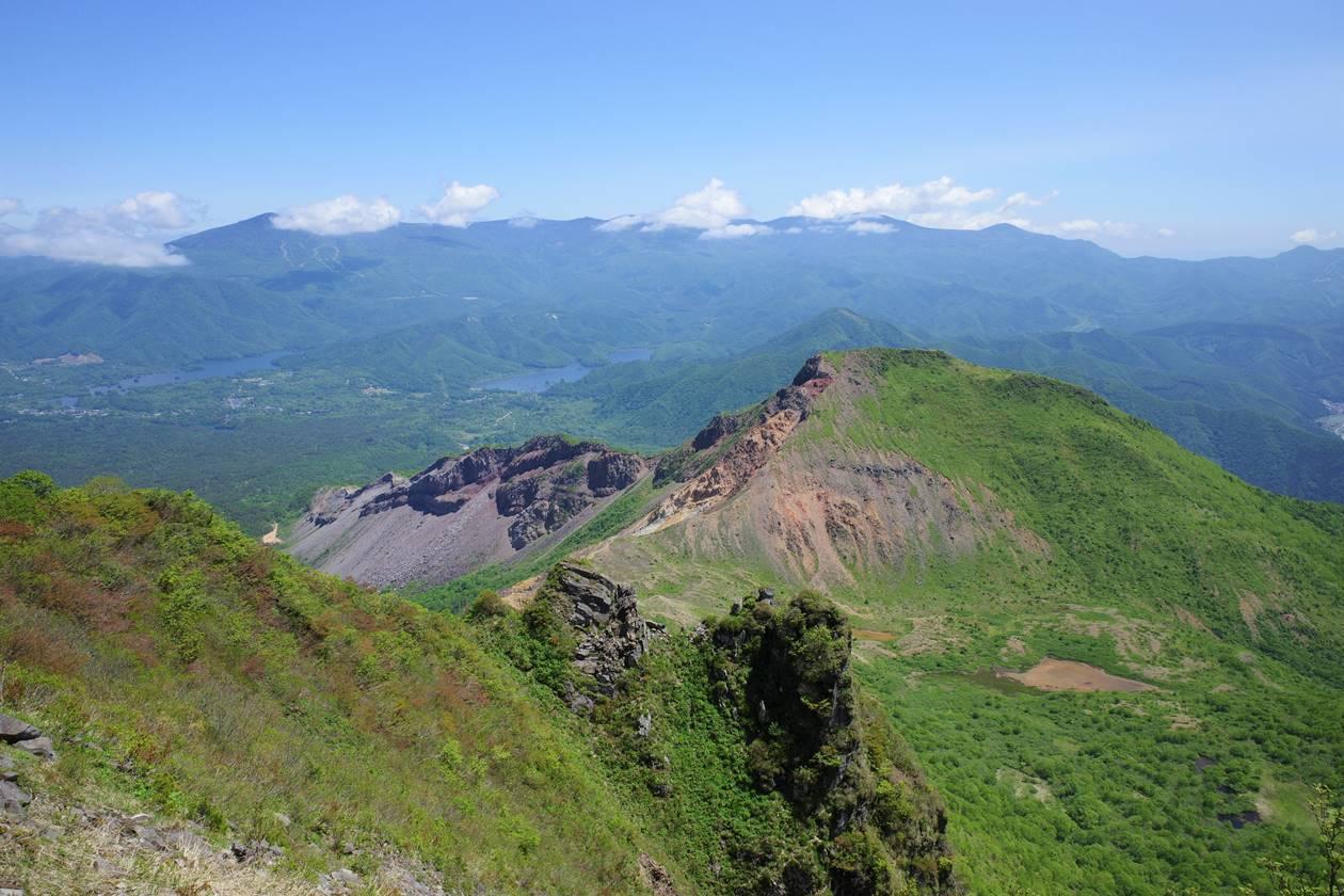 磐梯山から眺める櫛ヶ峰