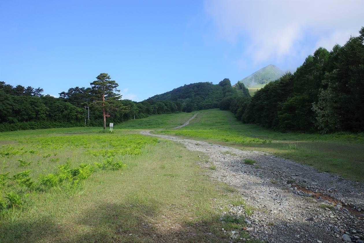 猪苗代スキー場登山道