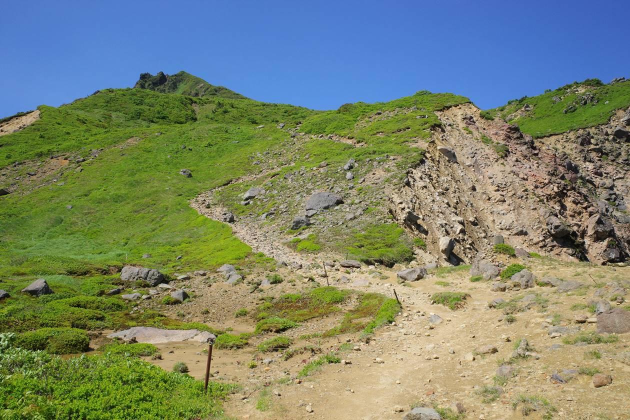 磐梯山山頂へ