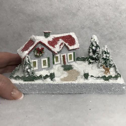 TINY MINI Grey and Red Putz House