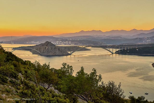 Krčki most i otočić Sv. Marko