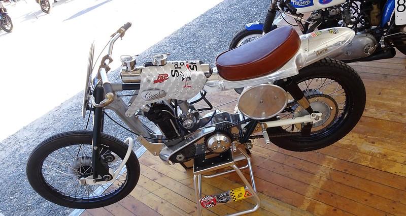 GREEVES Hawkstone JAP Café Racer - FCR 2019 48149334627_efa46dbf4d_c