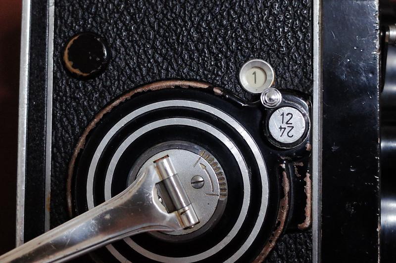 Rolleiflex 2 8FにFUJIFILM PRO 400Hを装填 フィルムカウンター