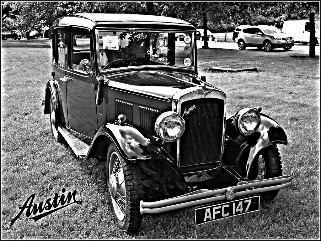 Vintage Austin Saloon ...