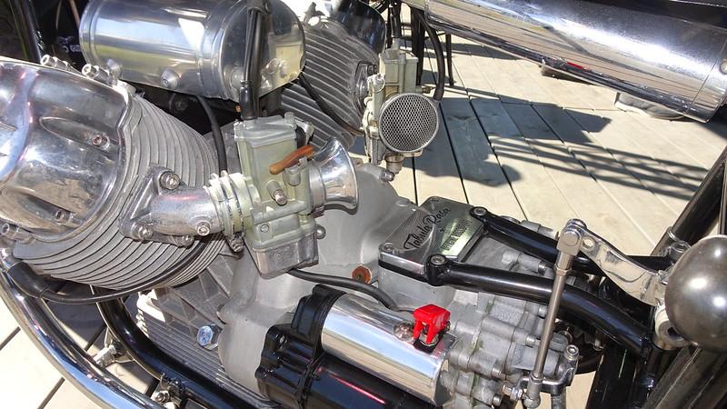 Moto Guzzi Tabula Raza 700 base V7 Special 1969 Café Racer  48150689387_bcbf15d9d7_c