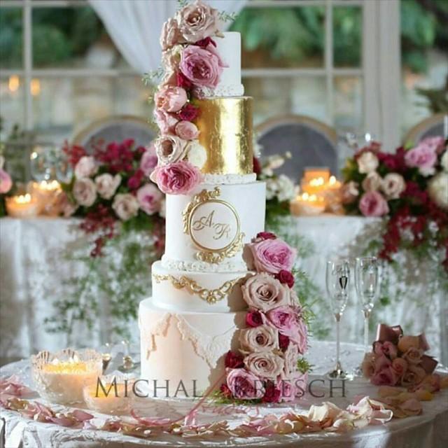 Cake by Cake Me Pretty