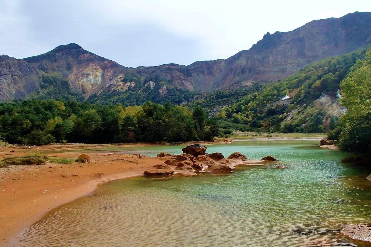 秋の磐梯山・銅沼