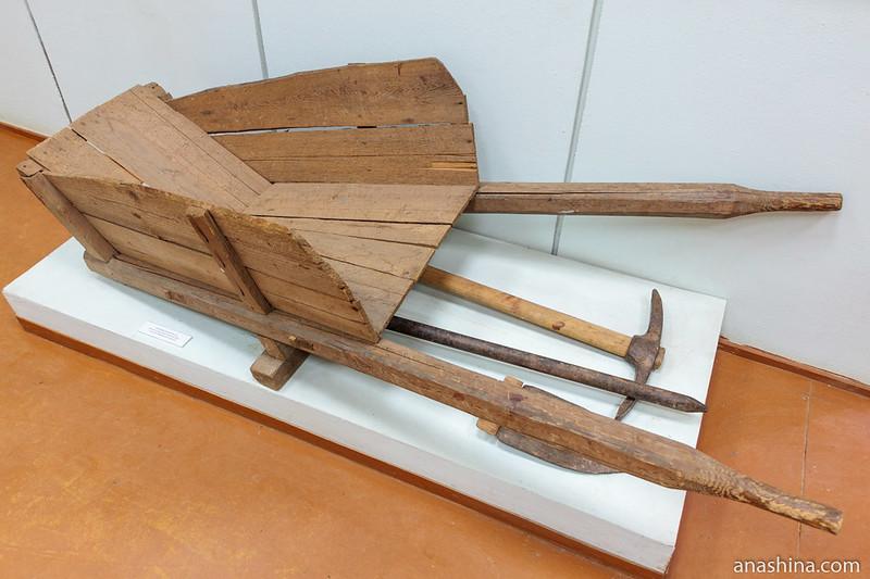 Основные орудия труда,используемые при строительстве шлюзов Мариинского канала