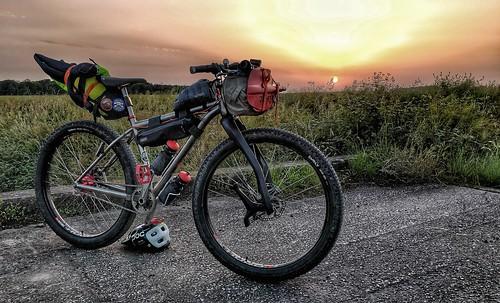 28 6 - Bike, bivi and paddle home