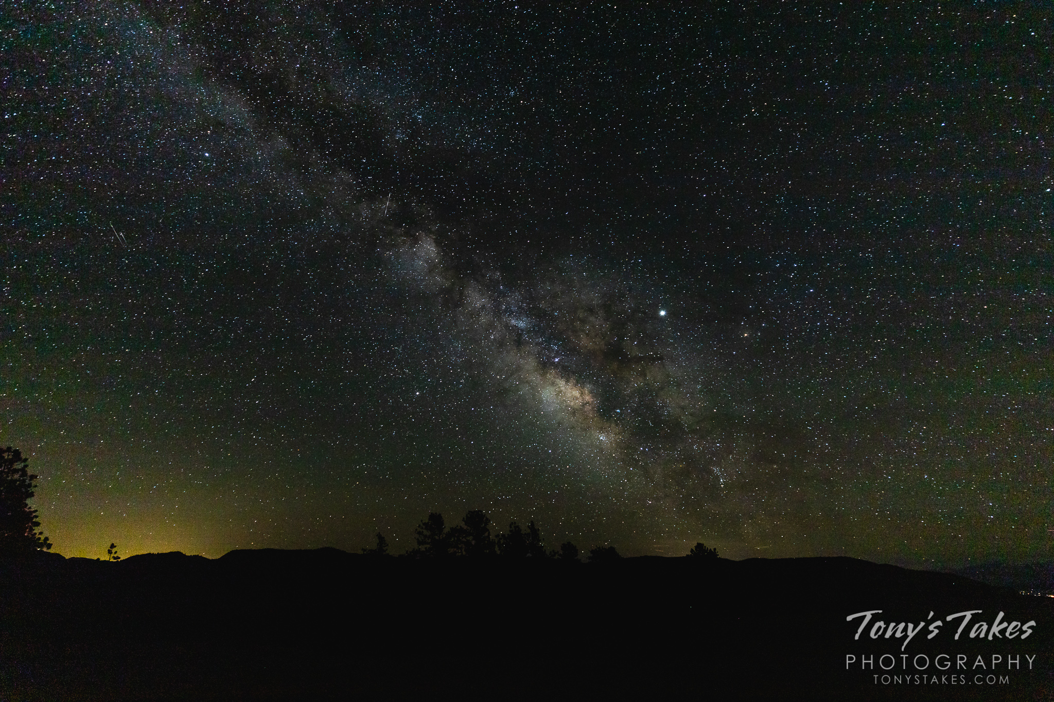 The Milky Way rises above San Isabel National Forest in Colorado. (© Tony's Takes)