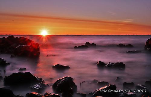lempsunrise62219 longexposurephotography longexposure lakeeriemetropark lakeerie morningrise morningcolors greatlakestate puremichigan sunrise scenics bw10stop canonphotography canonlenses