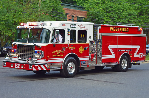 beacon falls ct parade fire truck spartan engine westfield middletown