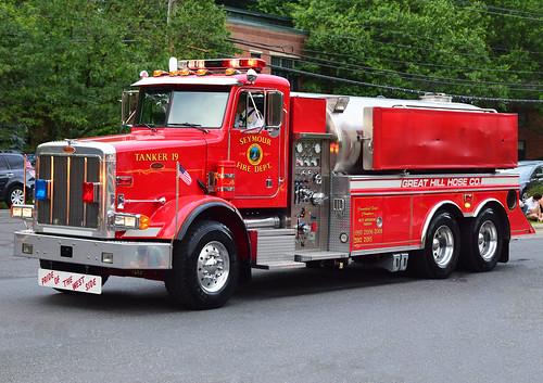 beacon falls ct parade fire truck peterbuilt tanker great hill seymour