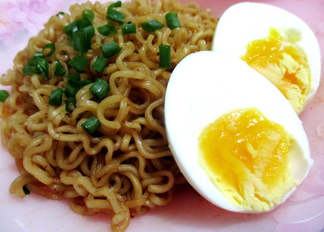 ABC pancit canton with egg