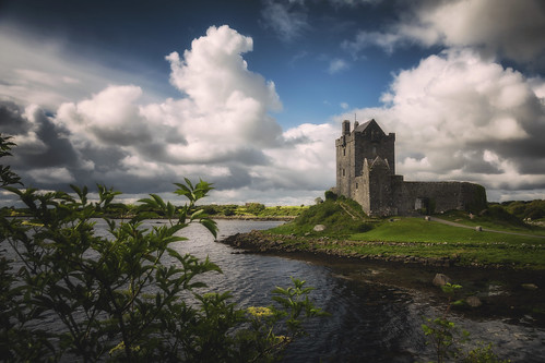 emeraldisle ireland northernireland acrossthepond fineartphotography landscape photography countygalway galway dunguairecastle castle irishcastle kinvarra countryside
