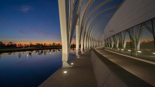 lakeland florida unitedstatesofamerica sunset leading line reflections blue