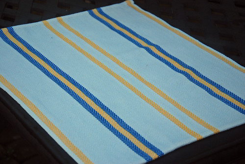 Handwoven Swedish Anna cotton tea towel in 4-shaft Herringbone twill by irieknit as gift