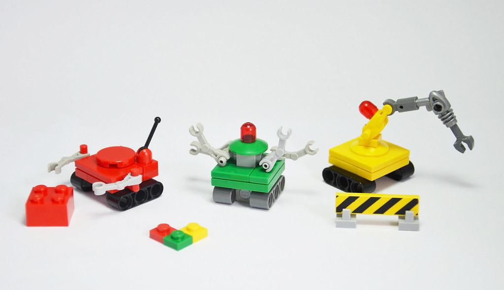 Huwbots (custom built Lego model)