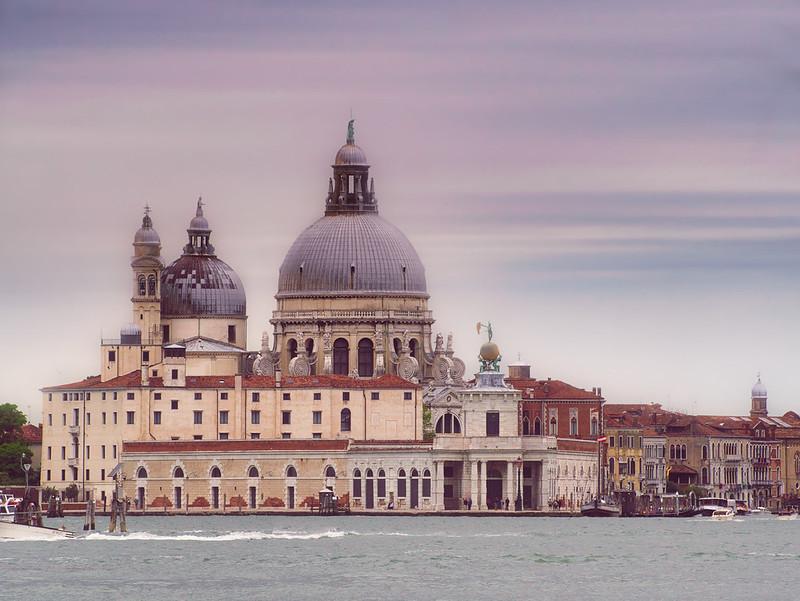 Venise en noir et blanc + Ajouts couleur 48161477086_6da077b169_c